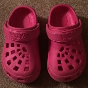 "Doggers Shoes - Toddler ""Doggers"" brand slip on"